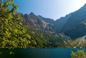 Morskie oko lake in the mountains — Stock Photo