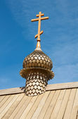 Russian Orthodox church. Specimen of Wooden Architecture — Stock Photo