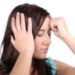 schönes Mädchen mit Migränekopfschmerz — Stockfoto