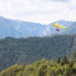 Hang gliding in Slovenia — Stock Photo