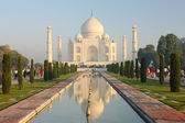 View of Taj Mahal at sunrise — Stock Photo