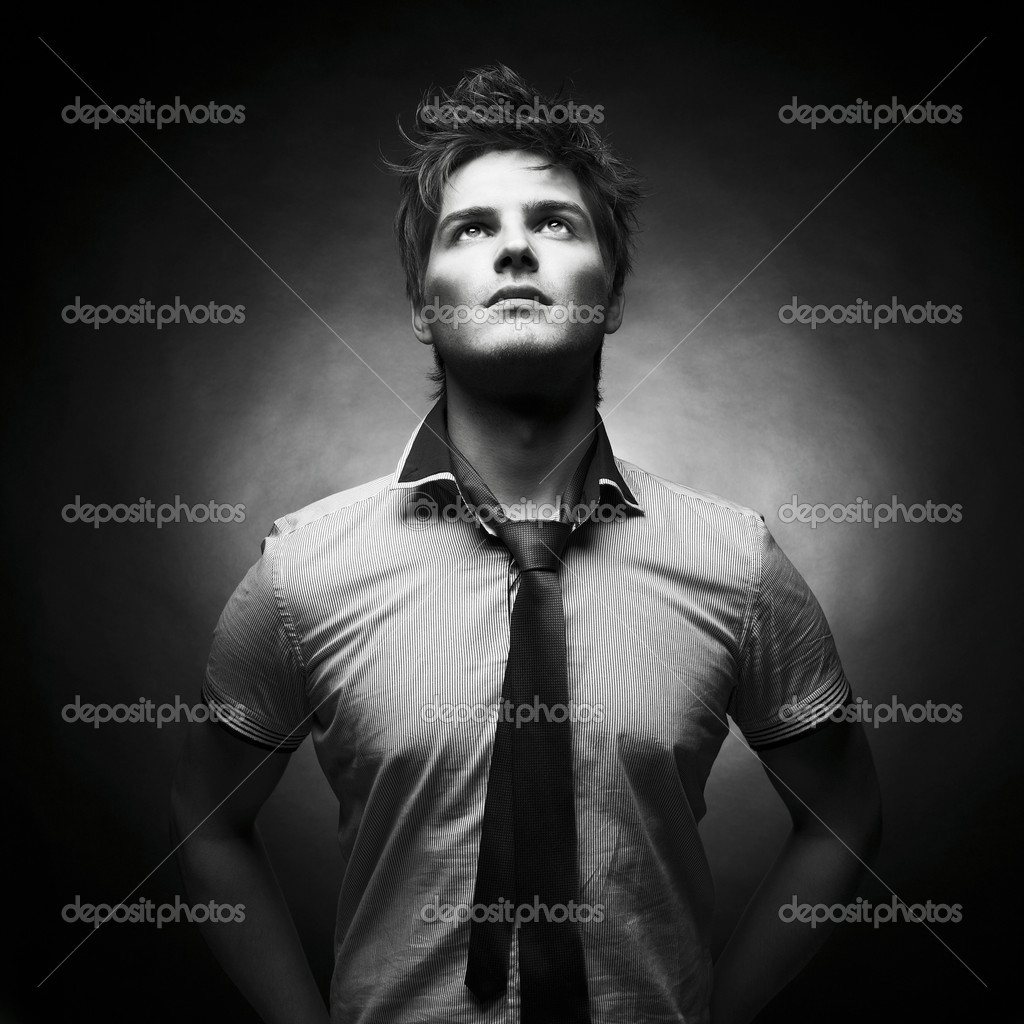 Portrait of a handsome stylish man with a cool hairstyle — Stockfoto #7911822