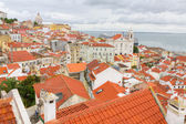 Over the red roofs of Lisboa, Portugal — Stock Photo