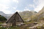 Mountain hut in National Park Durmitor, Montenegro — Stock Photo