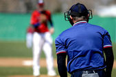Baseball Pitcher and Umpire — Stock Photo