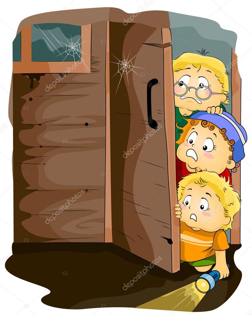 Ni os en una casa embrujada foto de stock lenmdp 7598888 for Para su casa