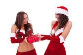 友人にプレゼント サンタ女性 — ストック写真