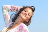 Atrakcyjne dziewczyny na plaży — Zdjęcie stockowe
