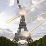 Meteorite shower over paris destroying the Eiffel Tower — Stock Photo #7462574