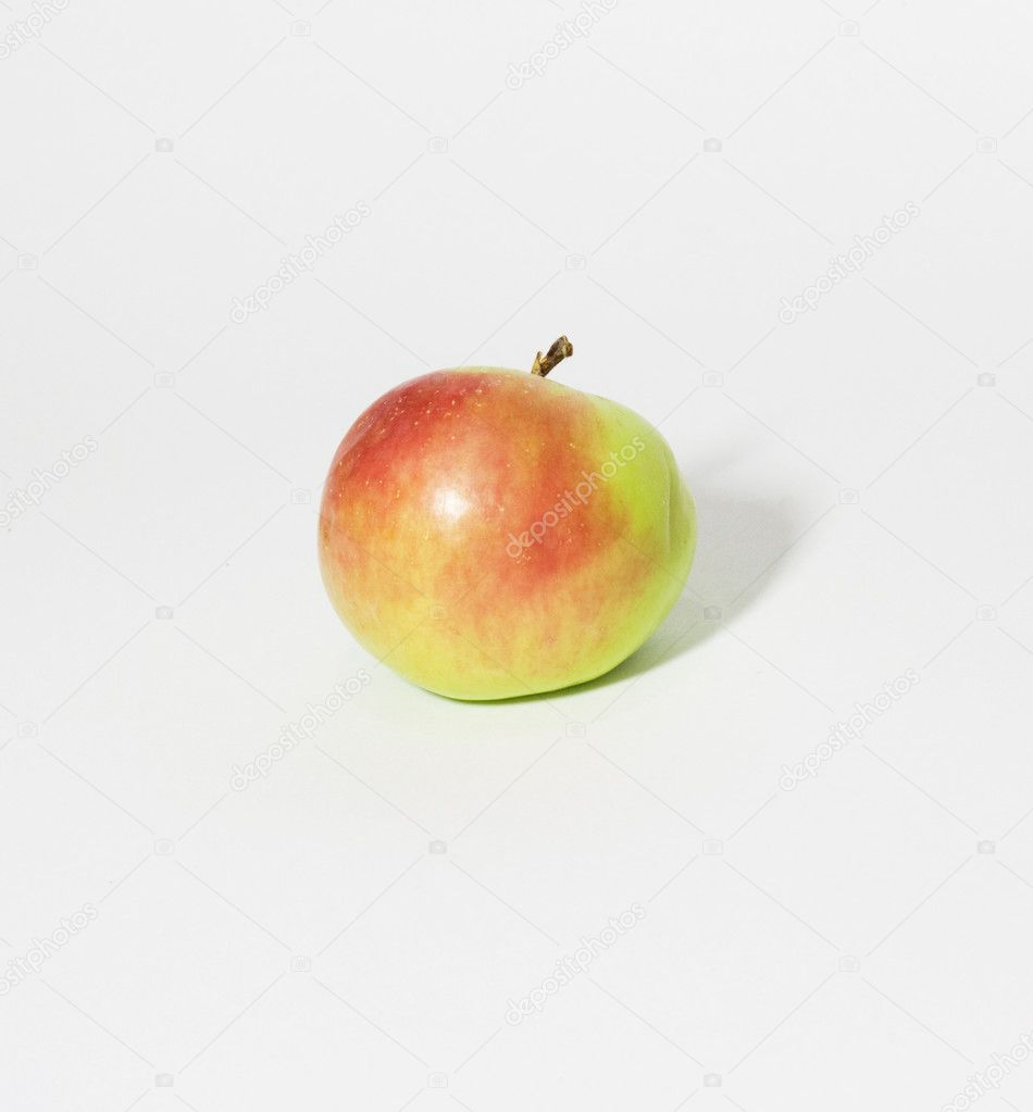 Apple  on white background — Stock Photo #6863796