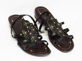 černé ženské boty na bílém pozadí — Stock fotografie