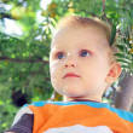 Boy outdoors — Stock Photo