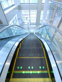 Escalator moving down — Stock Photo