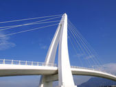 Bridge and blue sky — Stock Photo