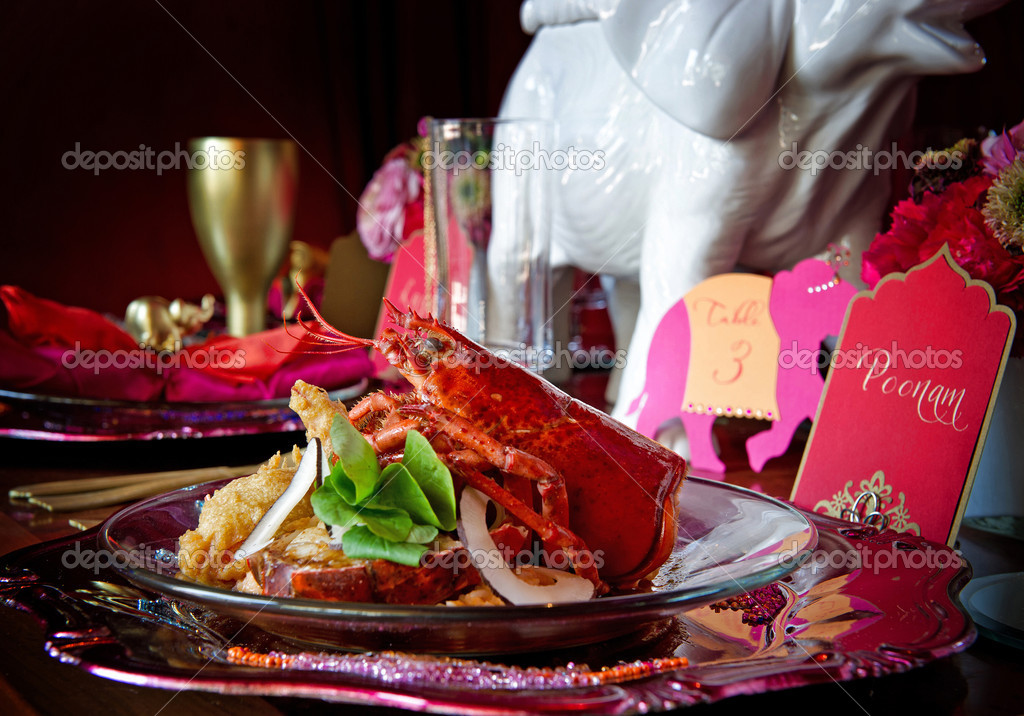 Beautiful image of a gourmet lobster dinner  Foto de Stock   #7177935