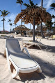 Beach Bed and Hut on the Beach — Stock Photo
