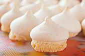 Krakend cookies met een GLB-meringue — Stockfoto