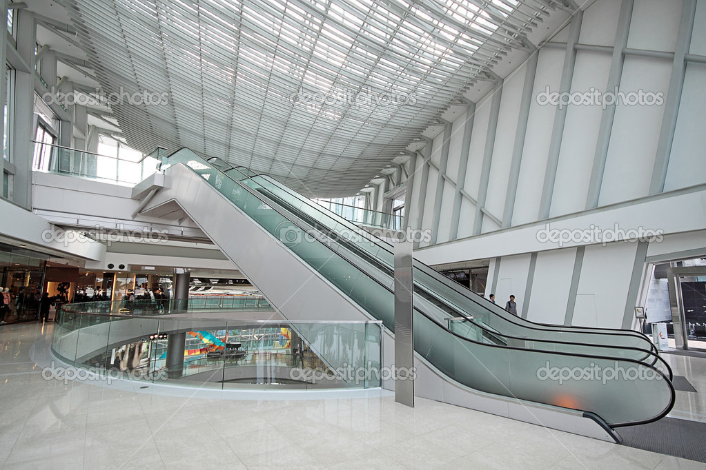 Escalator in the shopping mall — Stock Photo #7097710