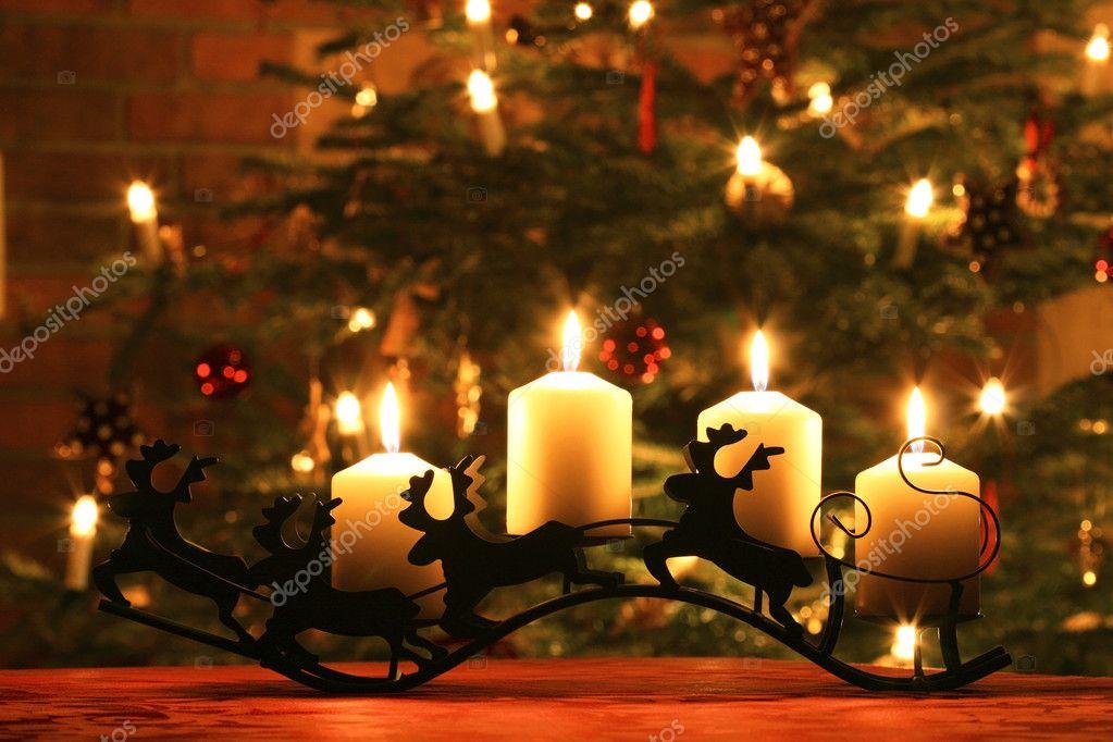 candele avvento sulla slitta di renne foto stock 7160722. Black Bedroom Furniture Sets. Home Design Ideas