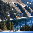 Frozen Kolsay lake in Tien-Shan mountains, Kazakhstan — Stock Photo