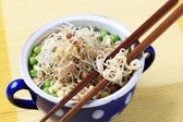 Pulses with noodles — 图库照片