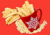 Almond Biscotti in a Pretty Christmas Mug — Stock Photo