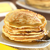 Pancakes with Maple Syrup — Stock Photo