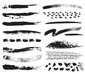 A collection of natural brush strokes — Vector de stock