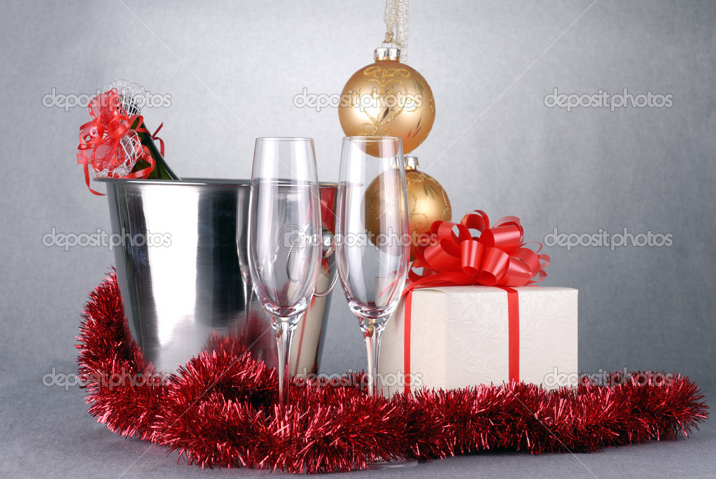 bucket with champagne bottle  and garland. christmas symbols — Stock Photo #7238697