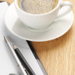 Clipboard and coffee — Stockfoto