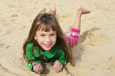 Small girl at beach — Stock Photo
