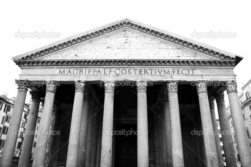 Facade of Marcus Agrippa Pantheon in Rome. Monochrome photography. — Stock Photo #6923923