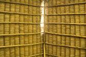 Rustik taket av palm amn trä — Stockfoto