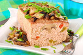 Meatloaf with mushrooms and pepper — Stock Photo