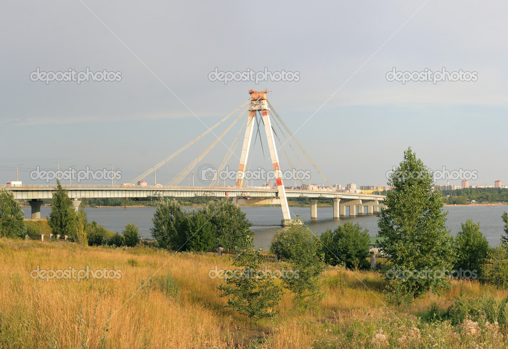October Bridge in Cherepovets, Russia - the first cable-stayed bridge in Russia — Stock Photo #7909012