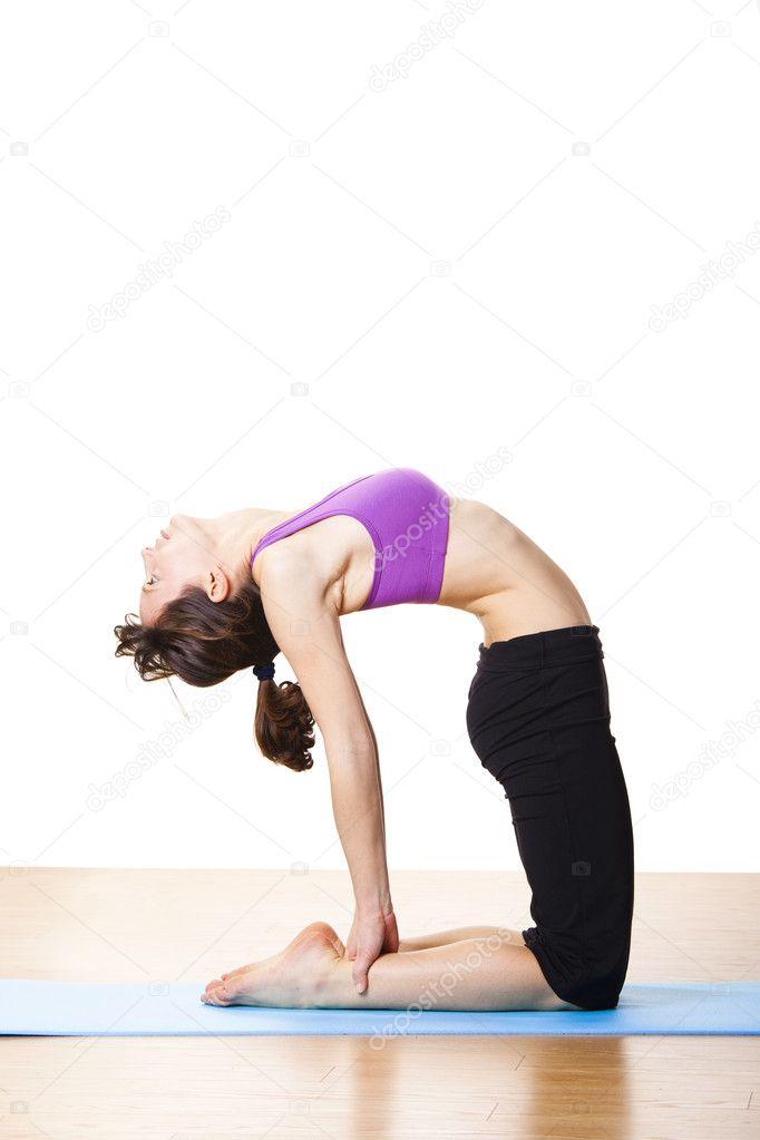 Купить по скидке йога в упражнениях (532384) в магазине autoshtampcomua!
