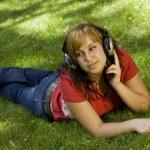 donna, ascolto di musica — Foto Stock #6872870