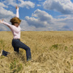 Woman in field — Stock Photo #6872890