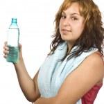 带瓶水的女人 — 图库照片