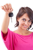 Woman holding car keys — Foto de Stock