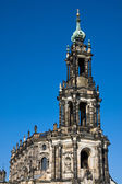上半部分的在德累斯顿宫廷教堂 — 图库照片