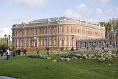 Old Russian palace in Tsaritsyno — Stock Photo