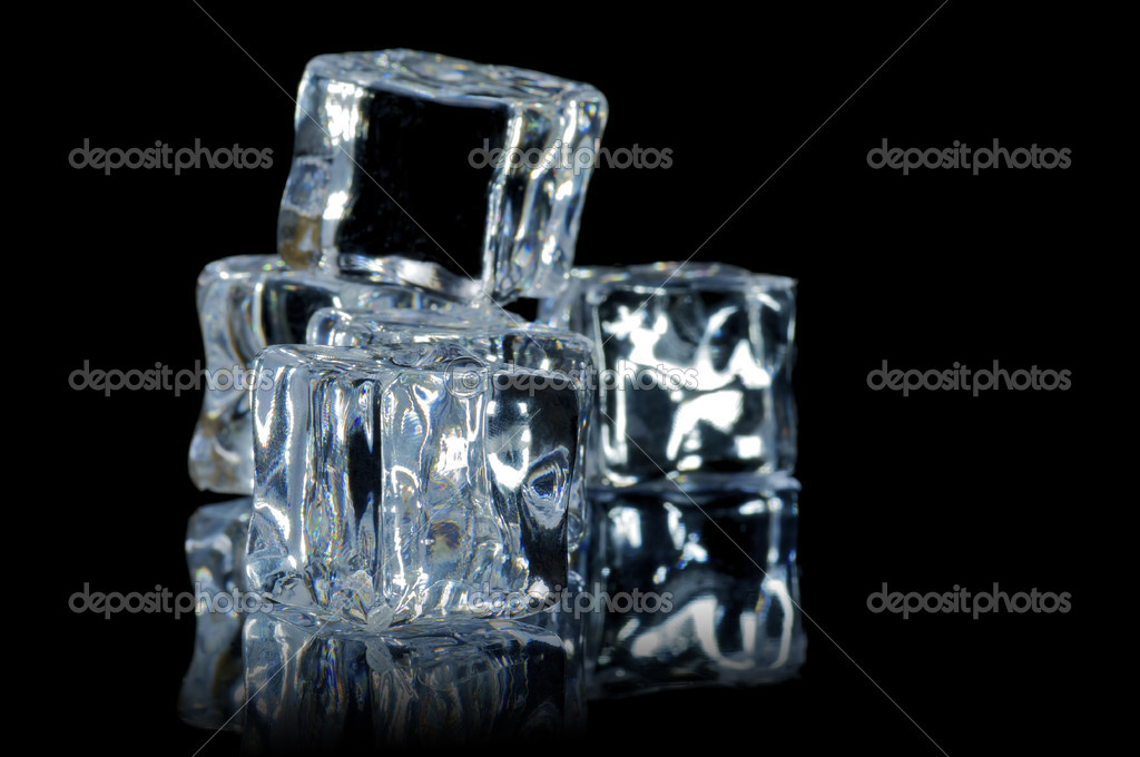 5 ice cube on the black  background with reflection — Stock Photo #7593868