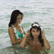Two girls in the ocean in lanikai — Foto de Stock