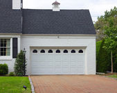 Garage and Driveway — Stock Photo