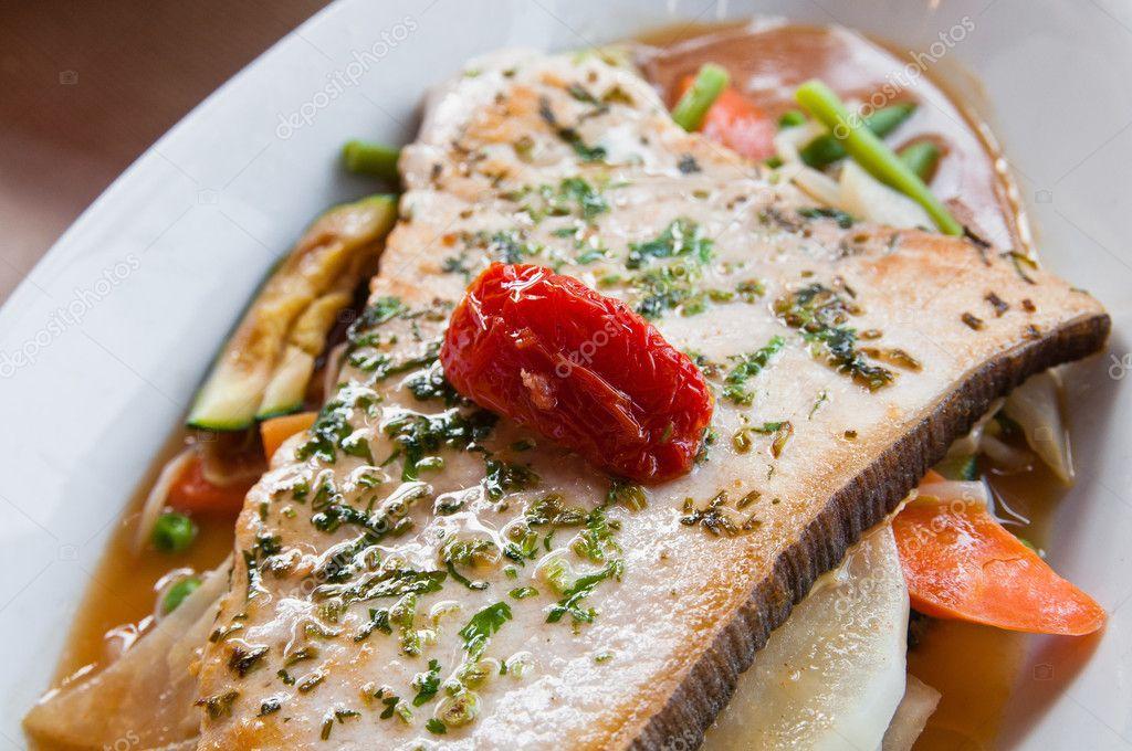 Mariscos a la parrilla y platos de cocina francesa de for Verduras francesas