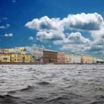 从这条河到圣彼得堡,俄罗斯的那种 — 图库照片