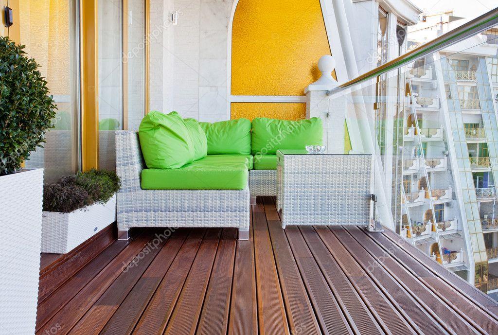 阁楼公寓阳台,木地板
