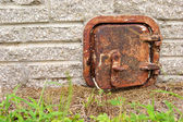 Old rusted iron door — Stock Photo
