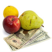 High cost of food fruit and money — Stock Photo